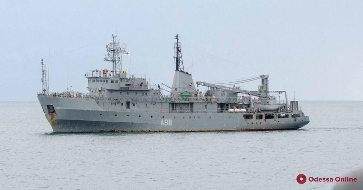 Авария на военном корабле: поврежденную «Балту» буксируют в Одессу