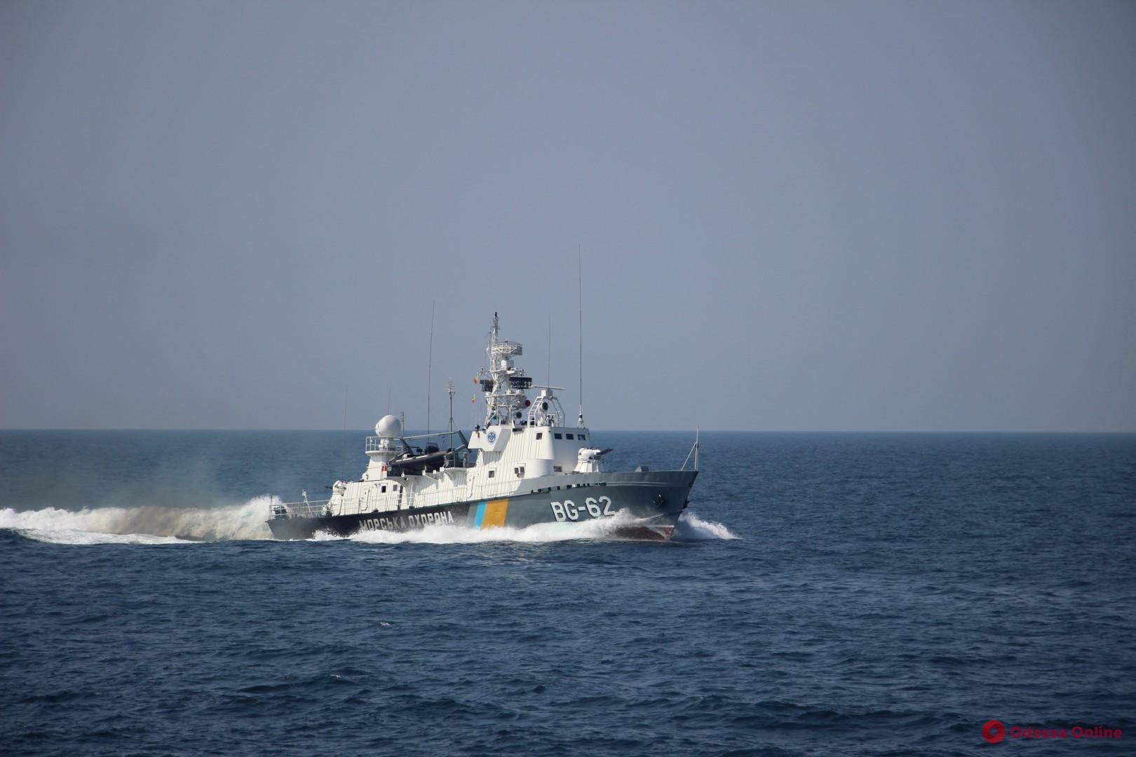 Дело танкера Delfi: в Госпогранслужбе отрицают вину командира корабля Морской охраны