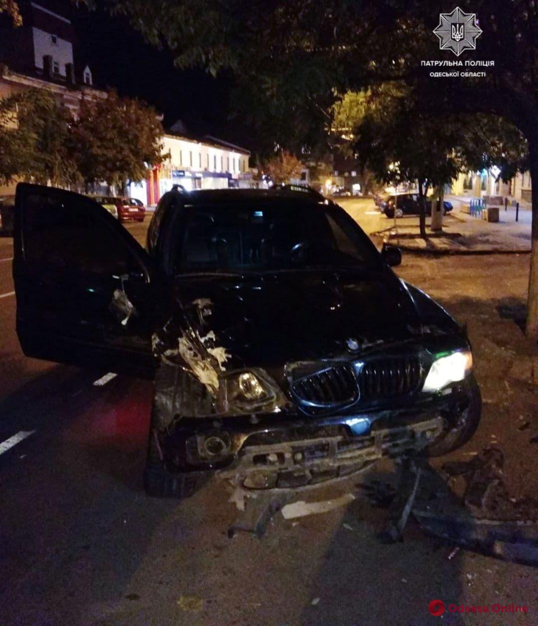 В центре Одессы пьяный водитель на BMW влетел в «ЗАЗ»