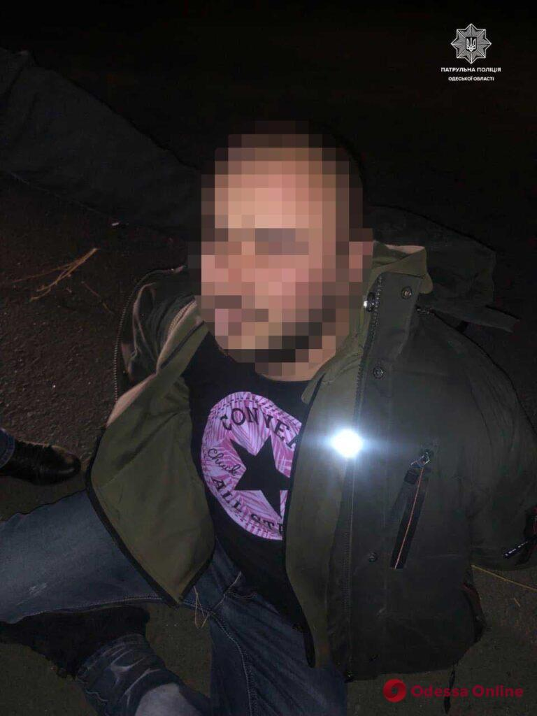 Под Одессой патрульные с погоней задержали автоугонщика