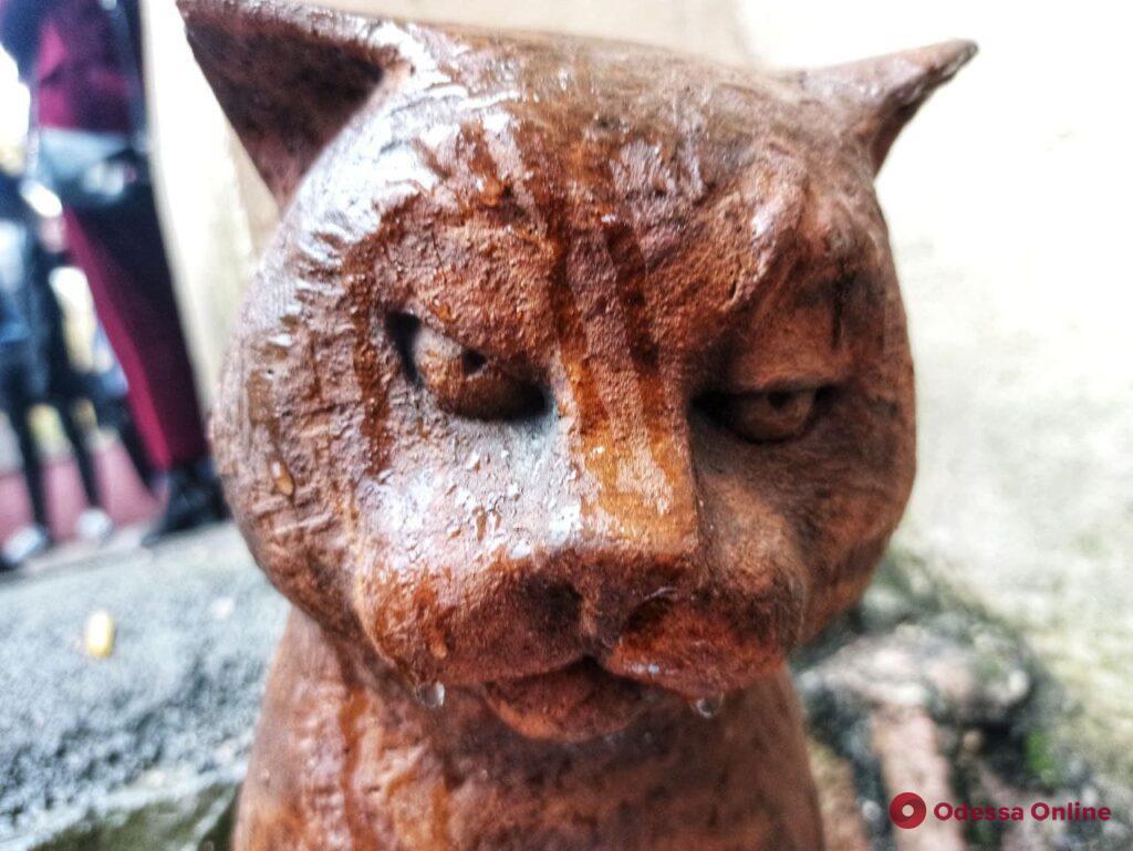 В Одессе появилась скульптура кота-издателя (фото)